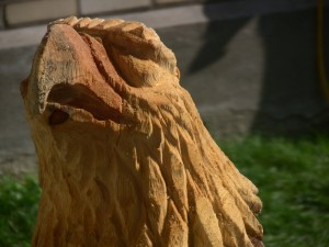 chainsaw wood sculpture