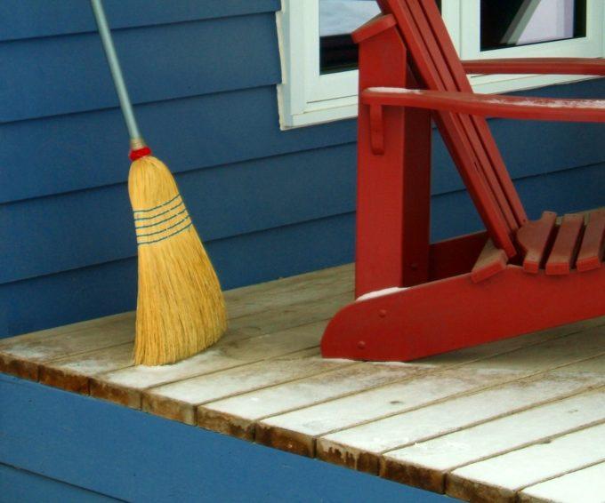 6 Frugal Housekeeping Tips
