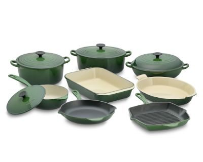 Le Creuset Cookware Set From Pacific Natural Foods Giveaway!