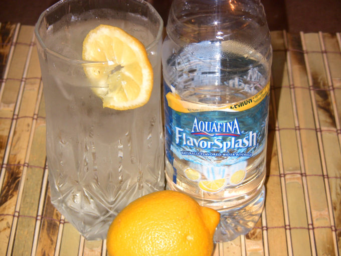 "Aquafina FlavorSplash ""Flavor Of The Week"" Lemon Summer Celebration – Sun Streaking Rinse Recipe!"
