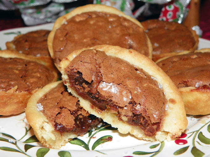 Nutella Chocolate Hazelnut Tassies Recipe!
