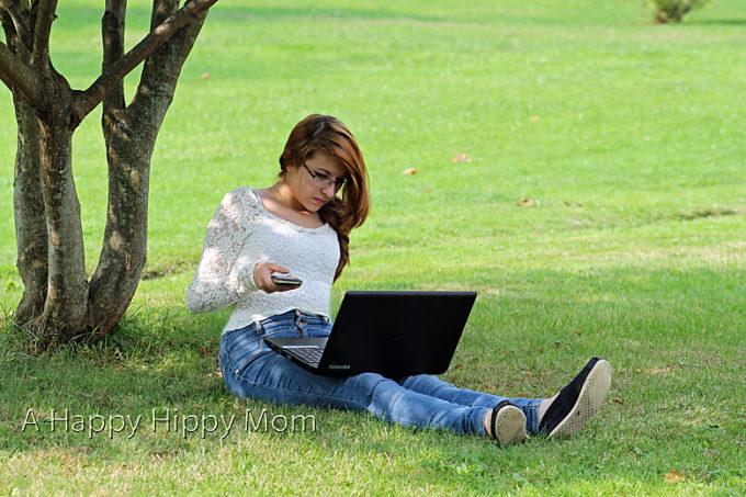 Sprint NETGEAR Zing Mobile Hotspot Review! #SprintMom #sponsored