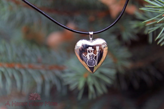 PicturesOnGold.com Build Your Own Sterling Silver Heart Locket Review & Holiday Giveaway