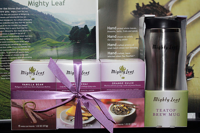 Mighty Leaf Tea Holiday Gift Guide- Review & Giveaway! #mightygift