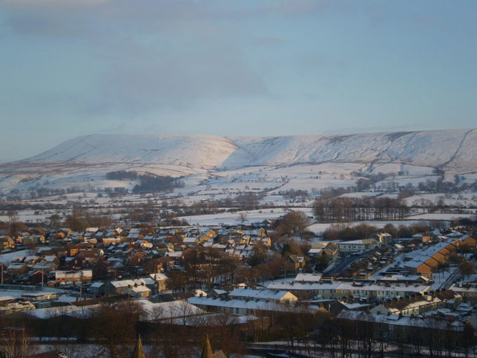 1024px-Pendle_Hill_View