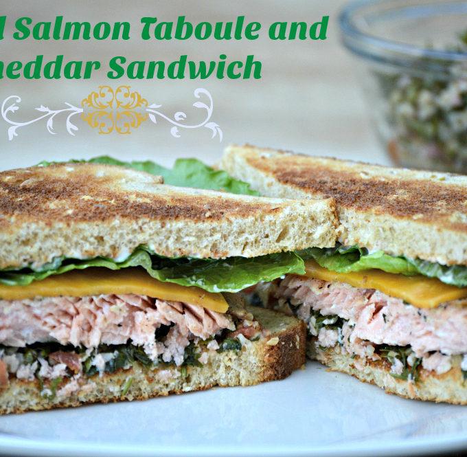 Grilled-salmon-taboule-sandwich