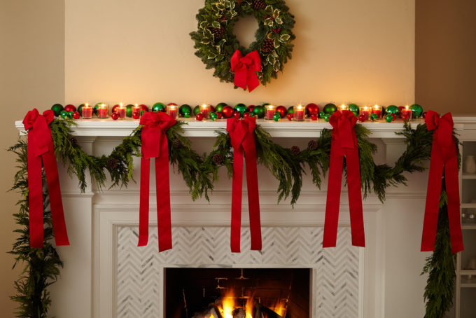 Gorgeous Garlands You Can DIY This Holiday Season