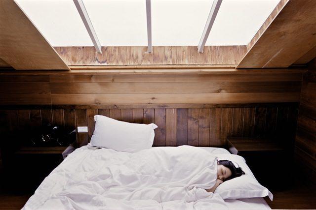 white-throw-pillow