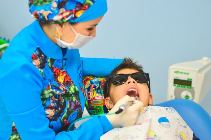 dentist-child-dental-care
