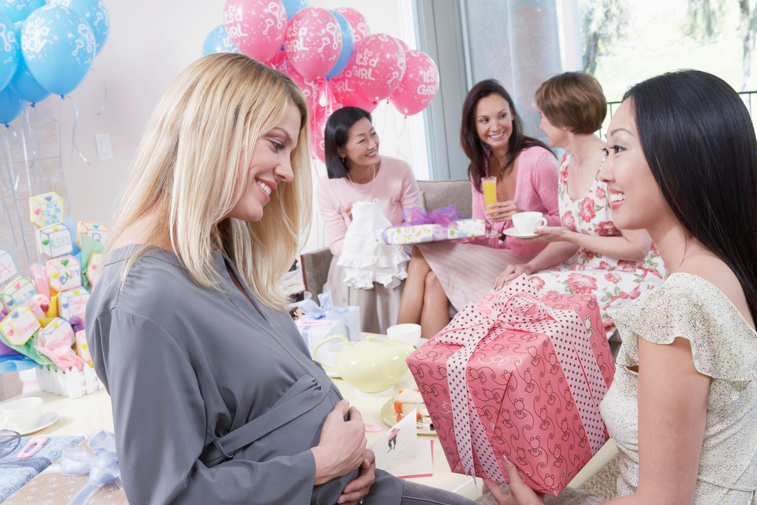Baby Gifts For Hippie Parents : Finding the best baby shower gifts for new moms a happy