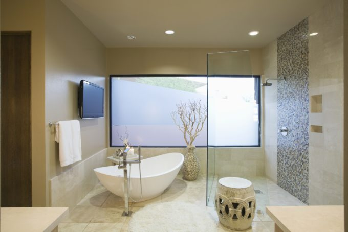 Freestanding is In: 3 Reasons a Freestanding Tub May be Exactly What You Need